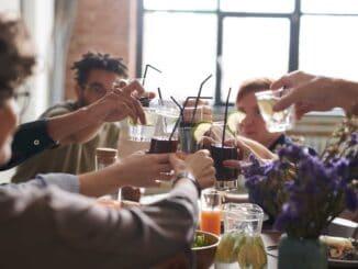 Julefrokost med firmaet hvor alle drikker alkohol